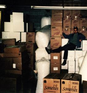 L'entrepôt du premier local commercial de Les Emballages Ralik à Laval en 1998