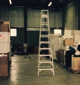 L'entrepôt du deuxième local commercial de 5000 pc de Les Emballages Ralik à Laval en 2000